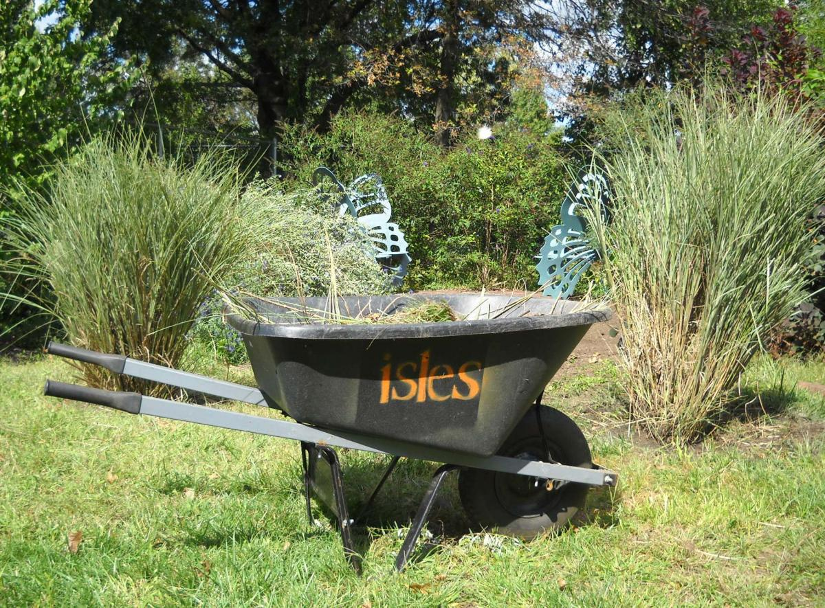 isles wheelbarrow